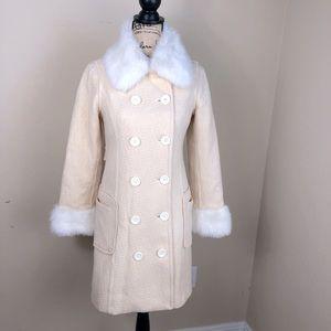 F21 Vanilla Cream Faux Fur Textured Wool Coat M